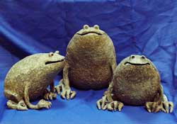 Копилка-лягушка из папье-маше своими руками 36